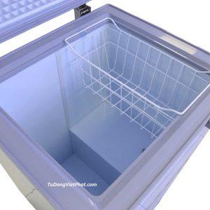 Bên trong tủ đông mini 100L Sanaky VH-150HY2 1 ngăn đông