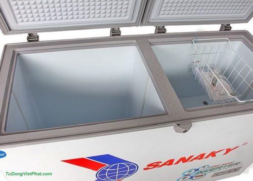 Bên tròng tủ đông Sanaky INVERTER VH-3699W3, 270L 2 ngăn đông mát