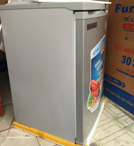Mặt bên tủ đông đứng Hòa Phát HCF 116P 100 lít 4 ngăn