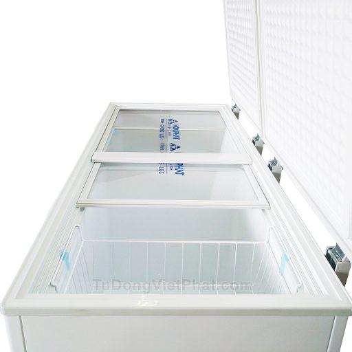 Bên trong tủ đông Hòa Phát 300l Inverter HCFI 656S2Đ2, 2 ngăn đông mát