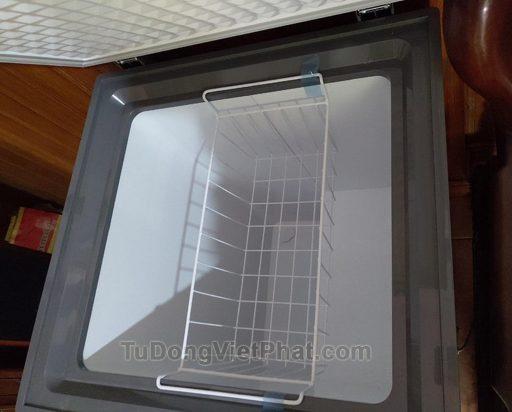 Bên trong Tủ đông Hòa Phát 100l màu xanh HCF 106S1ĐSH dàn đồng