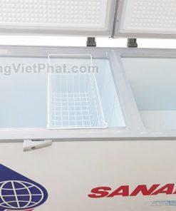 Bên trong tủ đông Sanaky VH-6699W1