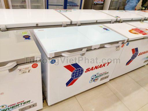 Măt kính cường lực của tủ đông Sanaky INVERTER VH-4099W4KD mặt kính cường lực