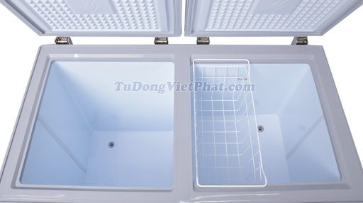 Bên trong tủ đông Sanaky VH-2599W1