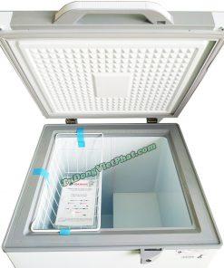 Bên trong tủ đông Sanaky 100 lít VH-1599HYKD mặt kính xanh