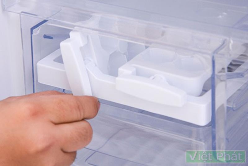 Khay đá thông mình của tủ lạnh Funiki FR-125CI