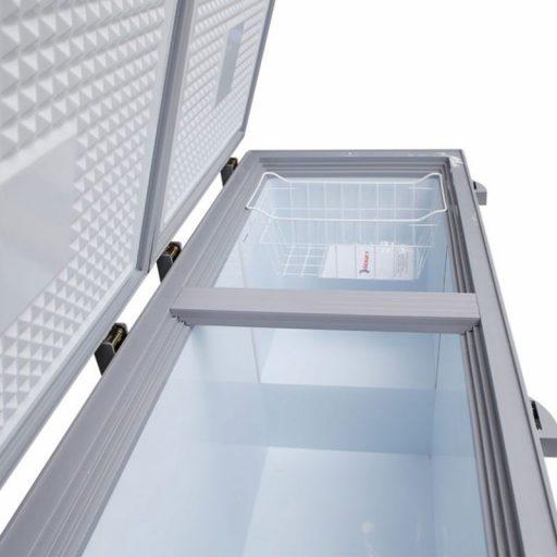 Bên trong tủ đông Sanaky INVERTER VH-4099A4KD mặt kính cường lực